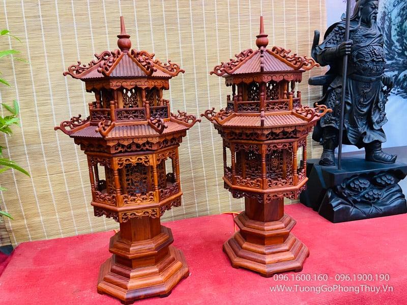 Đèn tháp gỗ hương cao 67cm