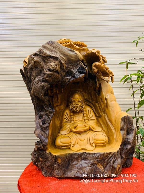 """Tác phẩm """"Thiền Tông"""" tuyệt đỉnh gỗ pơ mu"""